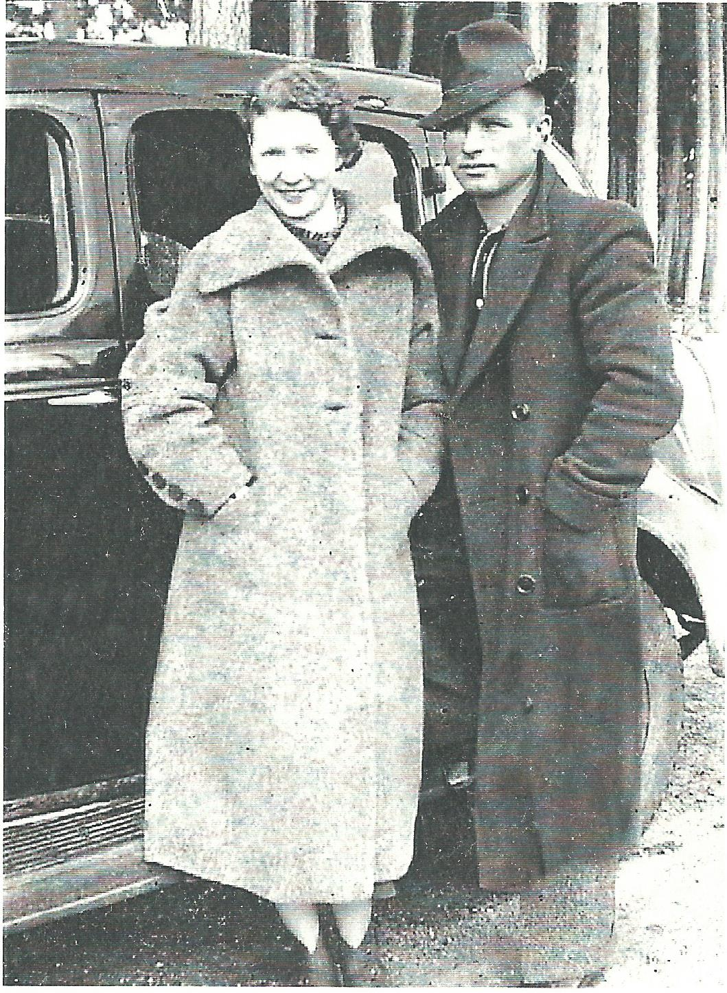 Pic #2 - Gordon & Lila Taken in 1935